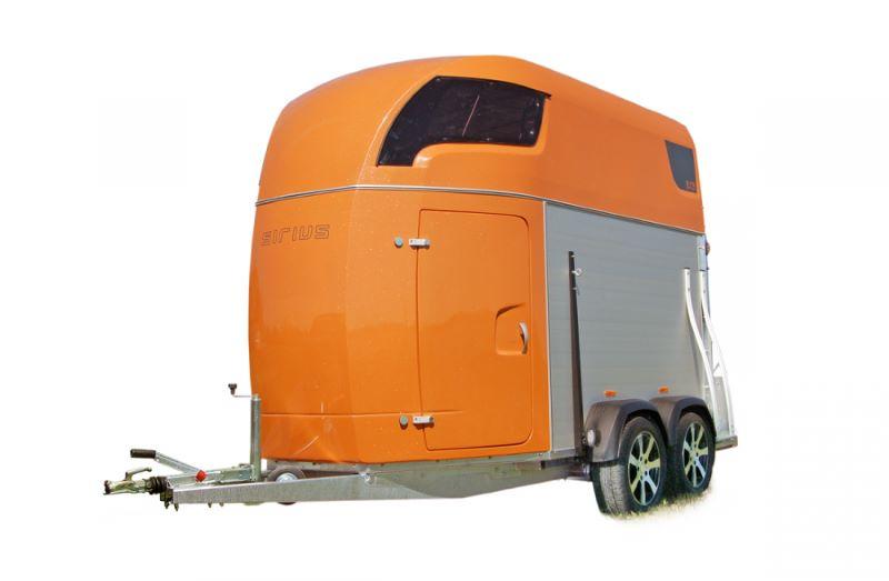 Pferdeanhänger orange